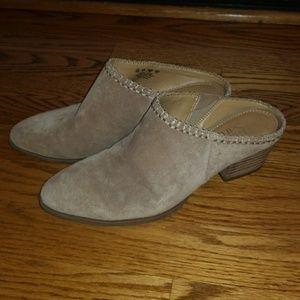Franco Sarto tan suede heeled shoe size 6